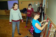 Obisk ravnateljice, ko smo pletli mreže (foto by OŠ Savsko naselje)